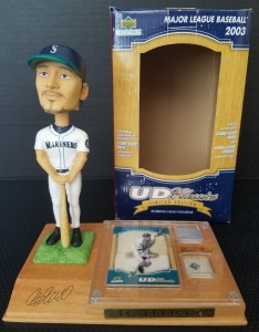 Upper Deck Collectibles UD Classic Limited Game Used Base and Jersey Bobblehead /200